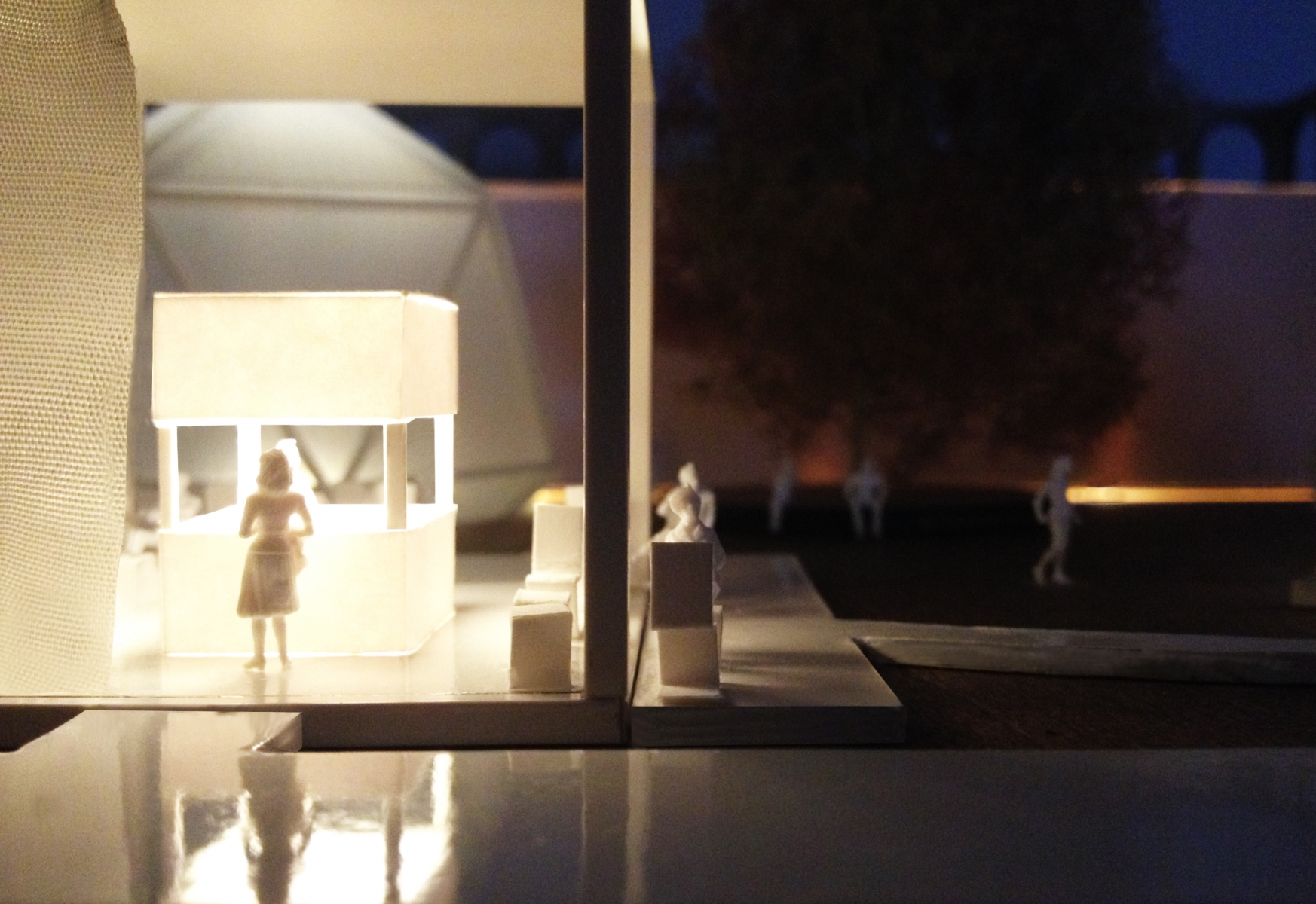 8.Hub-Leonardo_model-detail-night